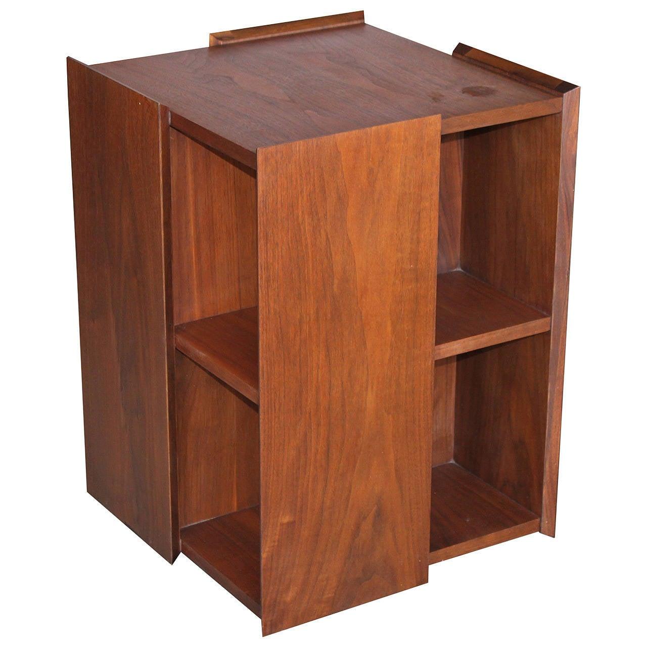 mid century modern walnut swivel bookcase at 1stdibs. Black Bedroom Furniture Sets. Home Design Ideas