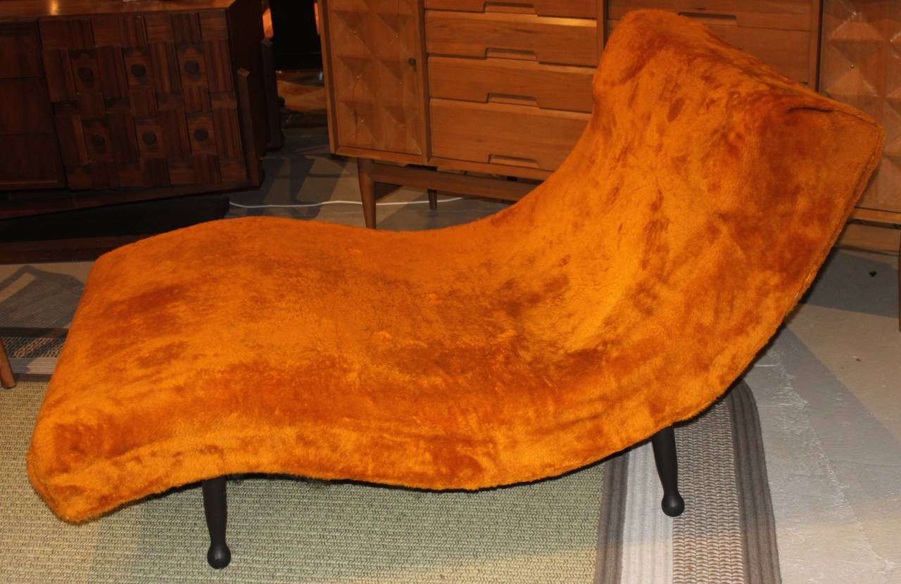 Pearsall style wave chaise longue at 1stdibs for Chaise longue wave