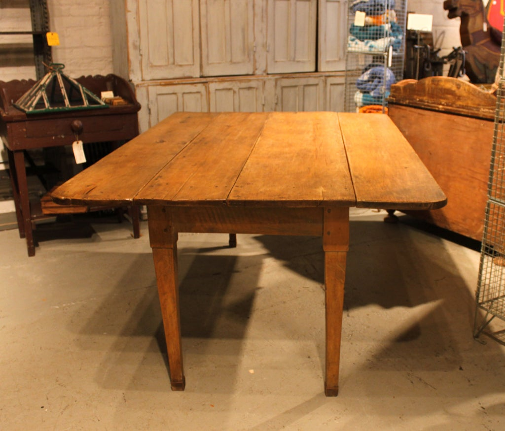 Canadian Drop Leaf Table at 1stdibs : 920013521405833 from www.1stdibs.com size 1024 x 875 jpeg 120kB