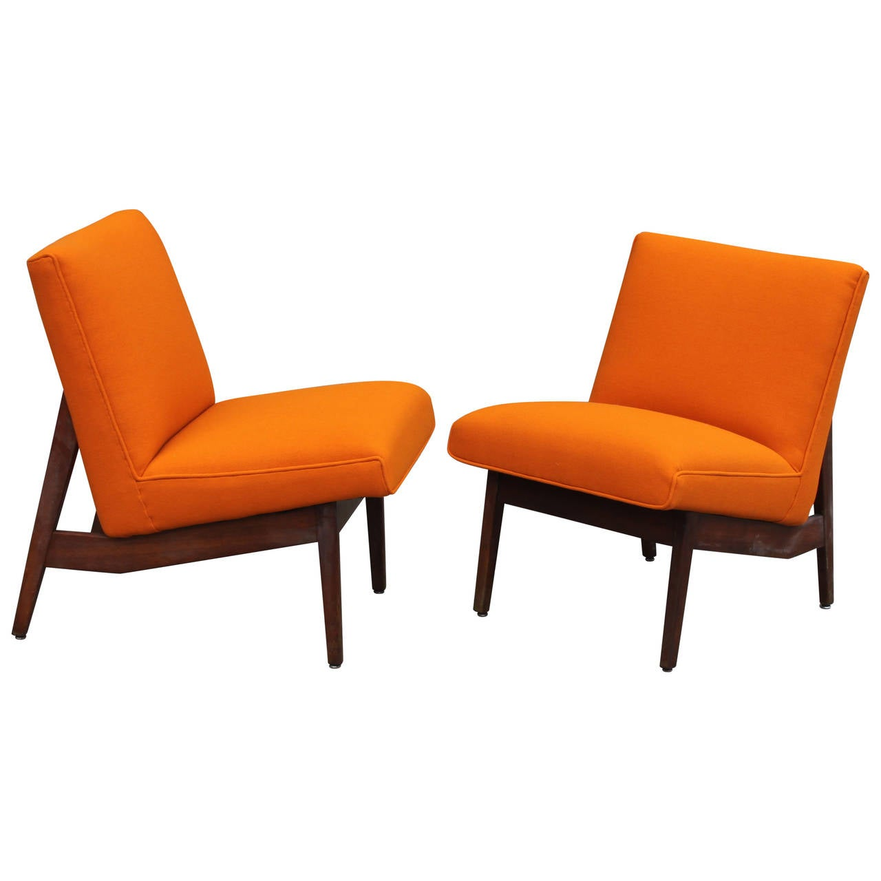 Pair of vintage gunlocke lounge chairs for sale at 1stdibs
