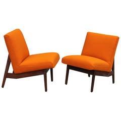 Pair of Vintage Gunlocke Lounge Chairs