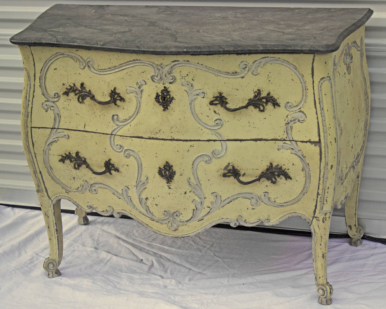 French Painted Louis XV Style Bombe Commode In Excellent Condition For Sale In Charleston, SC