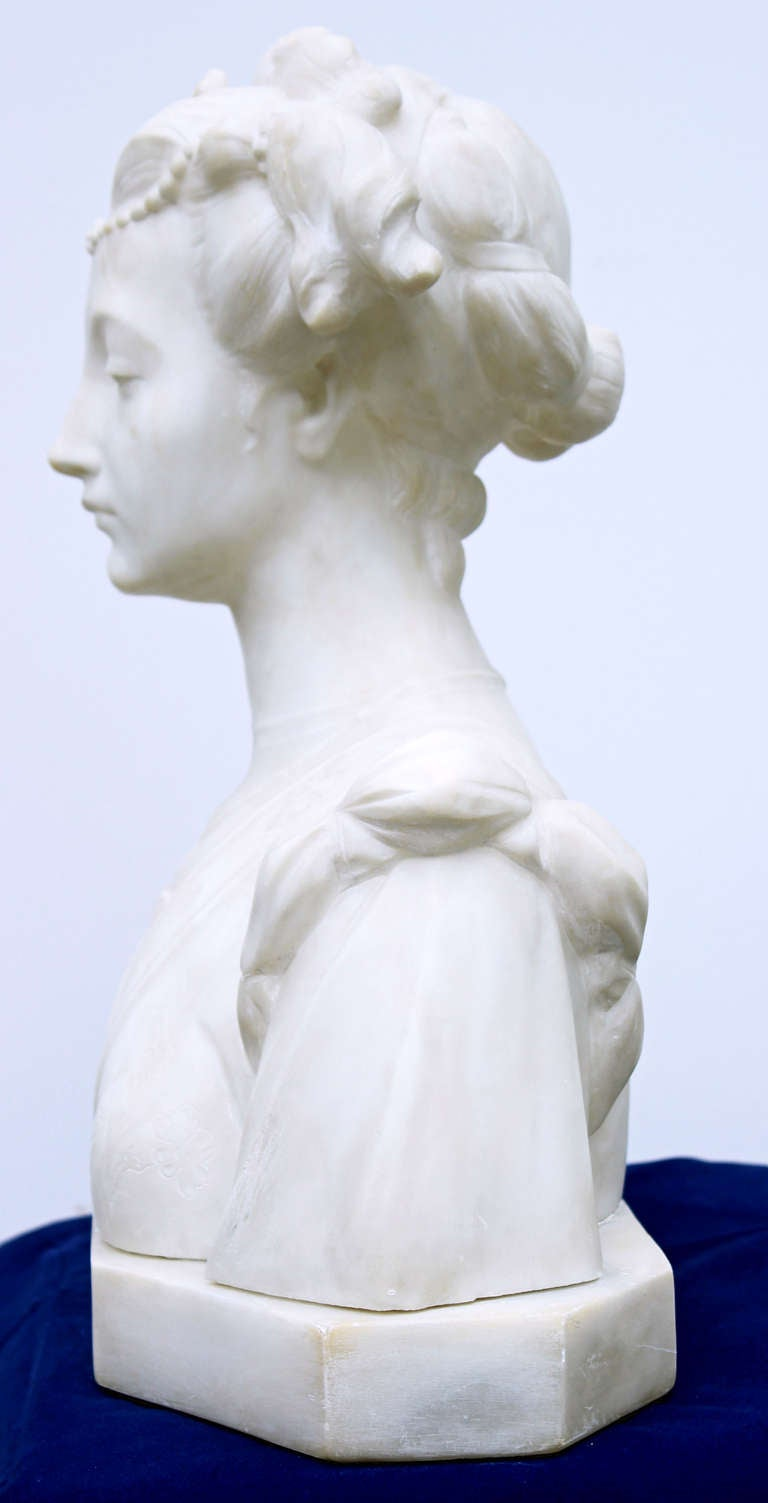 Renaissance Hand-Carved Italian Marble Bust For Sale