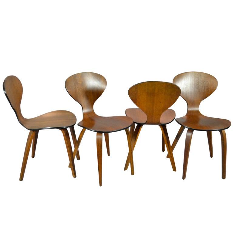 set of 4 vintage cherner chairs 1