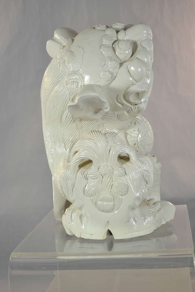 Large Carved Wood Foo Dog In Good Condition For Sale In Stamford, CT