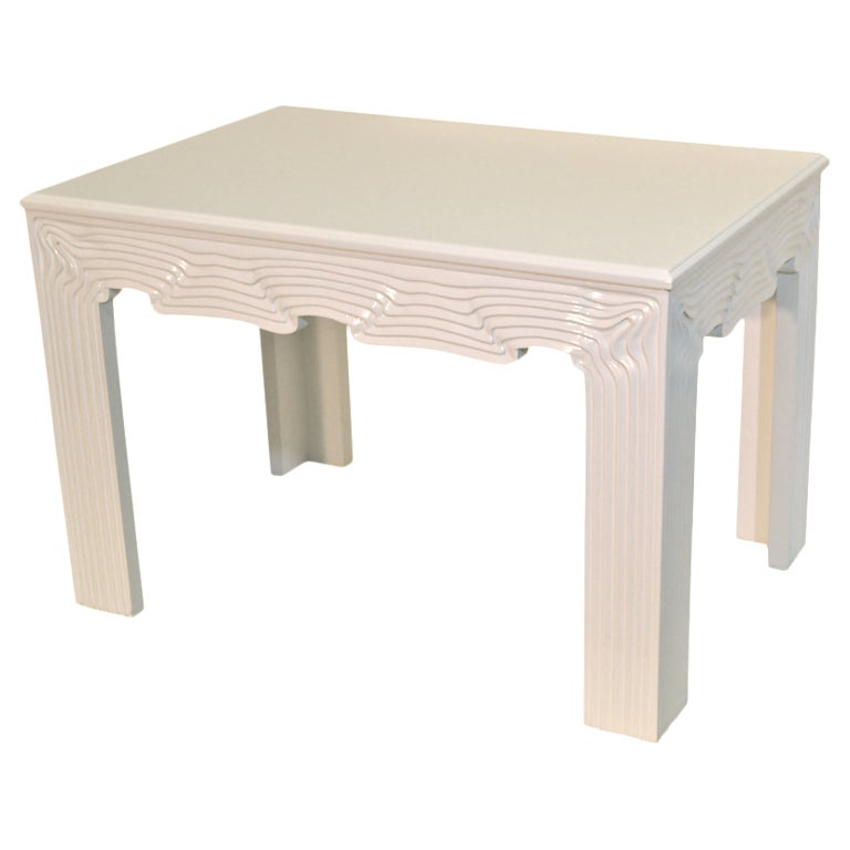 White lacquer side table – Furniture table styles