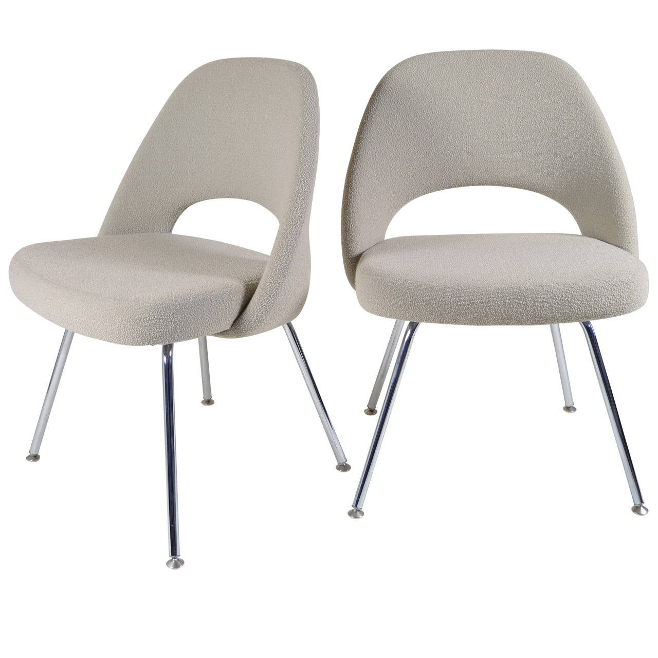 Pair saarinen executive armless chairs at 1stdibs for Saarinen executive armless chair