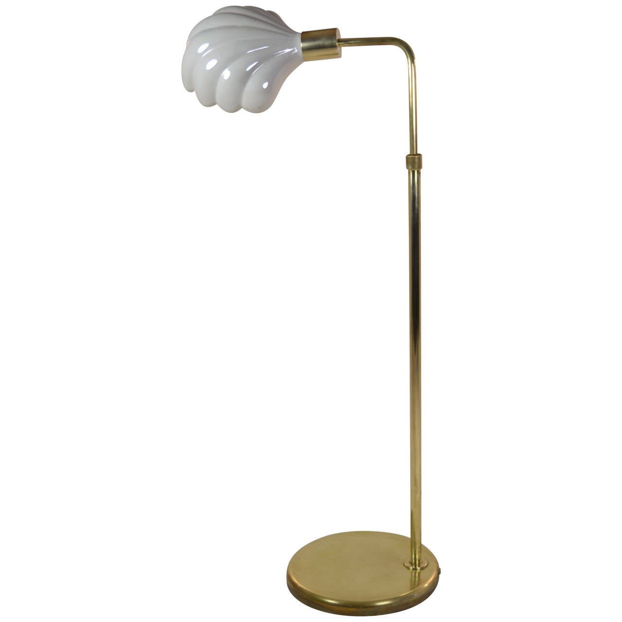 Tommaso barbi brass lamp with opalescent porcelain shell for Gold shell floor lamp