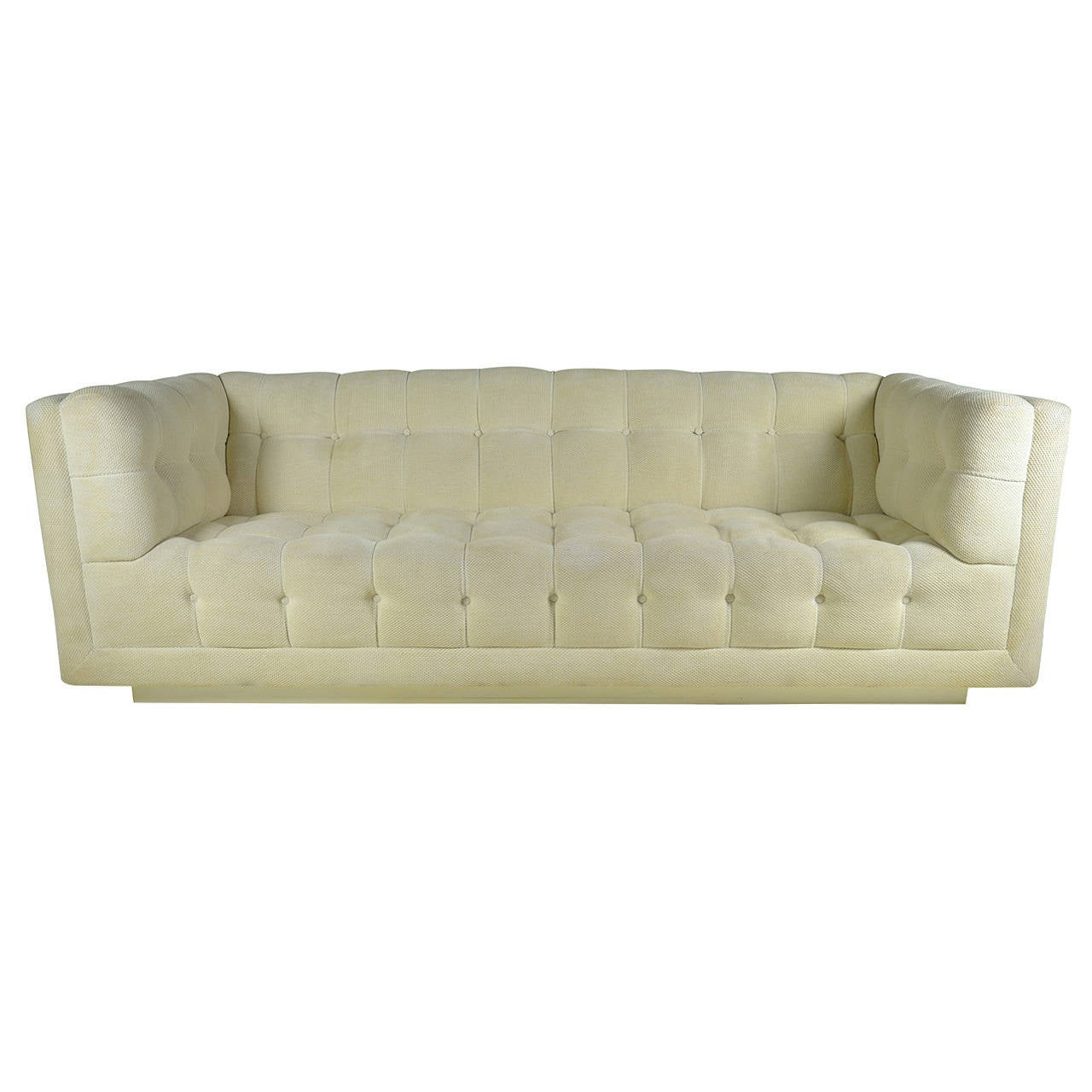 Chesterfield sofa modern  Modern Chesterfield Sofa, circa 1970 For Sale at 1stdibs