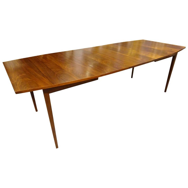 Danish modern walnut dining table at 1stdibs for Danish modern dining room table