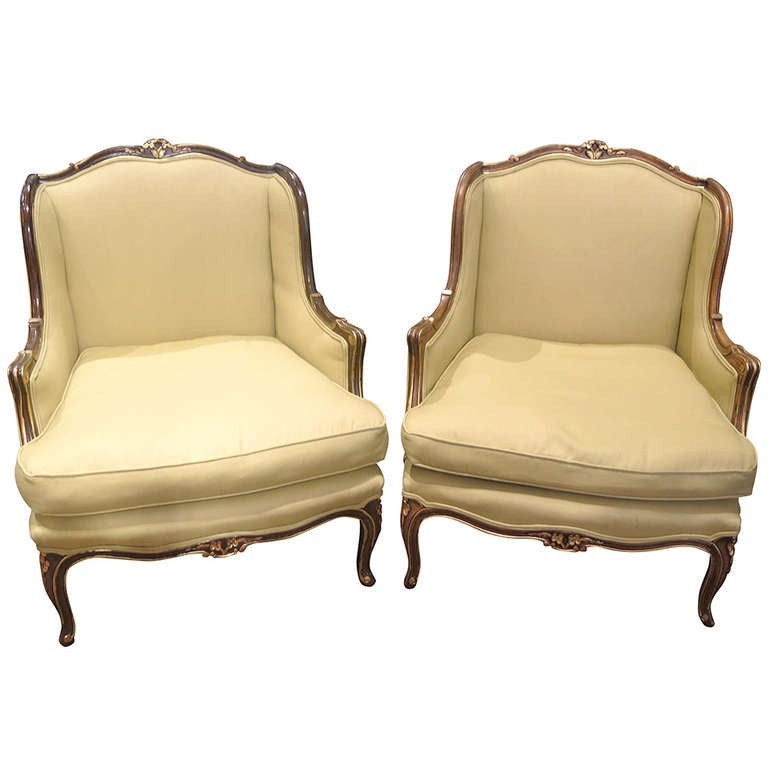 A Pair Of French Marquis Chairs At 1stdibs