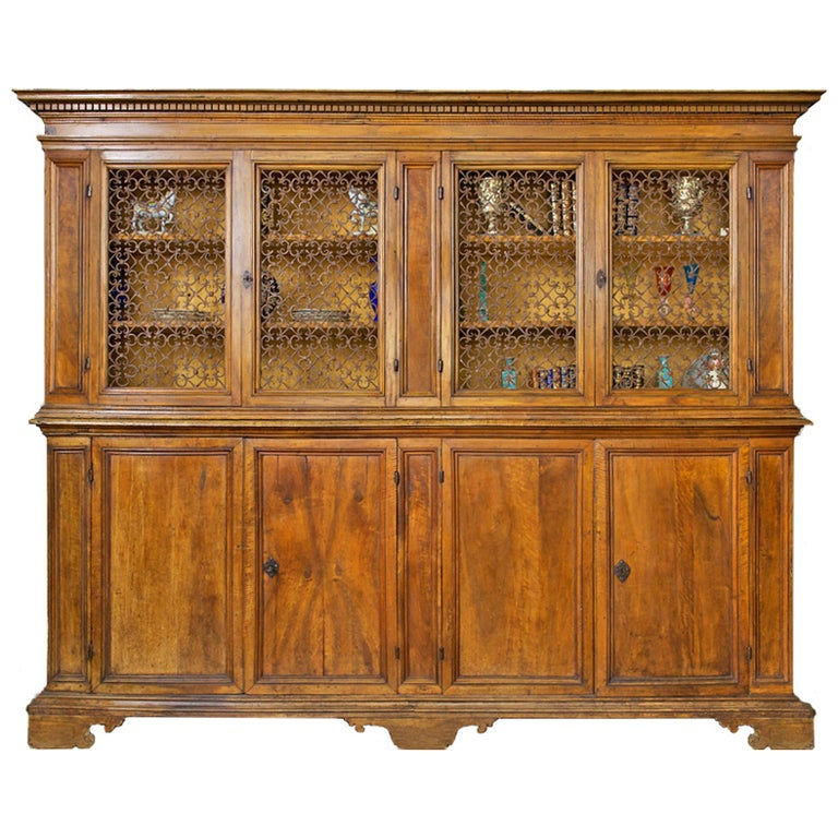 17th Century Tuscan Archival Bookcase Or Dining Room Cabinet 1