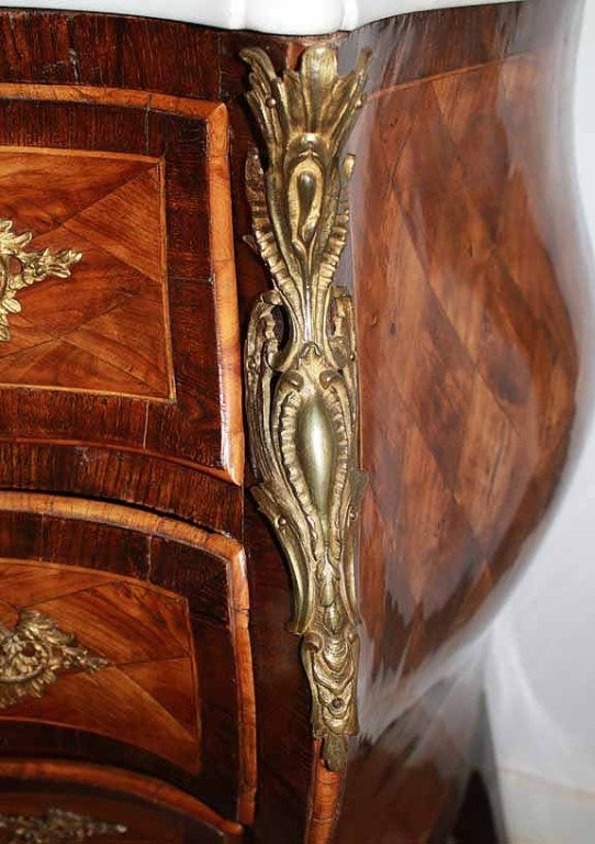 18th Century Italian Rococo Marquetry Bombé Chest of Drawers 4