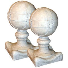 Large Pair of Neoclassical 18th Century Marble Balustrade Finials