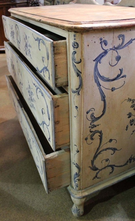 18th Century Italian Painted Blue and White Commode Chest of Drawers 3