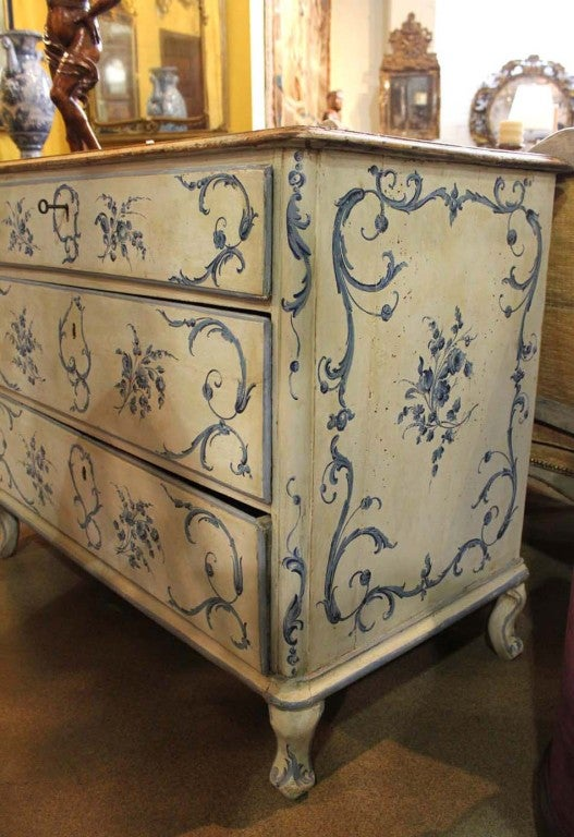 18th Century Italian Painted Blue and White Commode Chest of Drawers 4