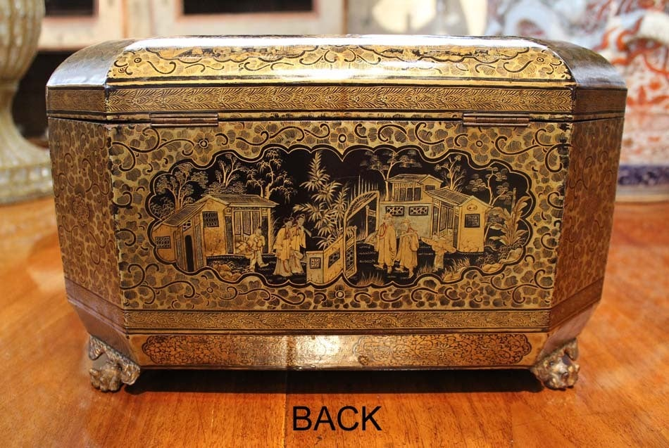 Intricately Painted Large English Lacquered Tea Caddy 7