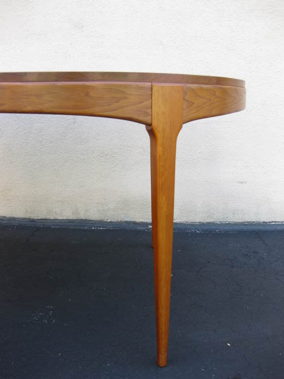 Walnut Dining Table by LANE 2 leaves to seat 4 - 8 2