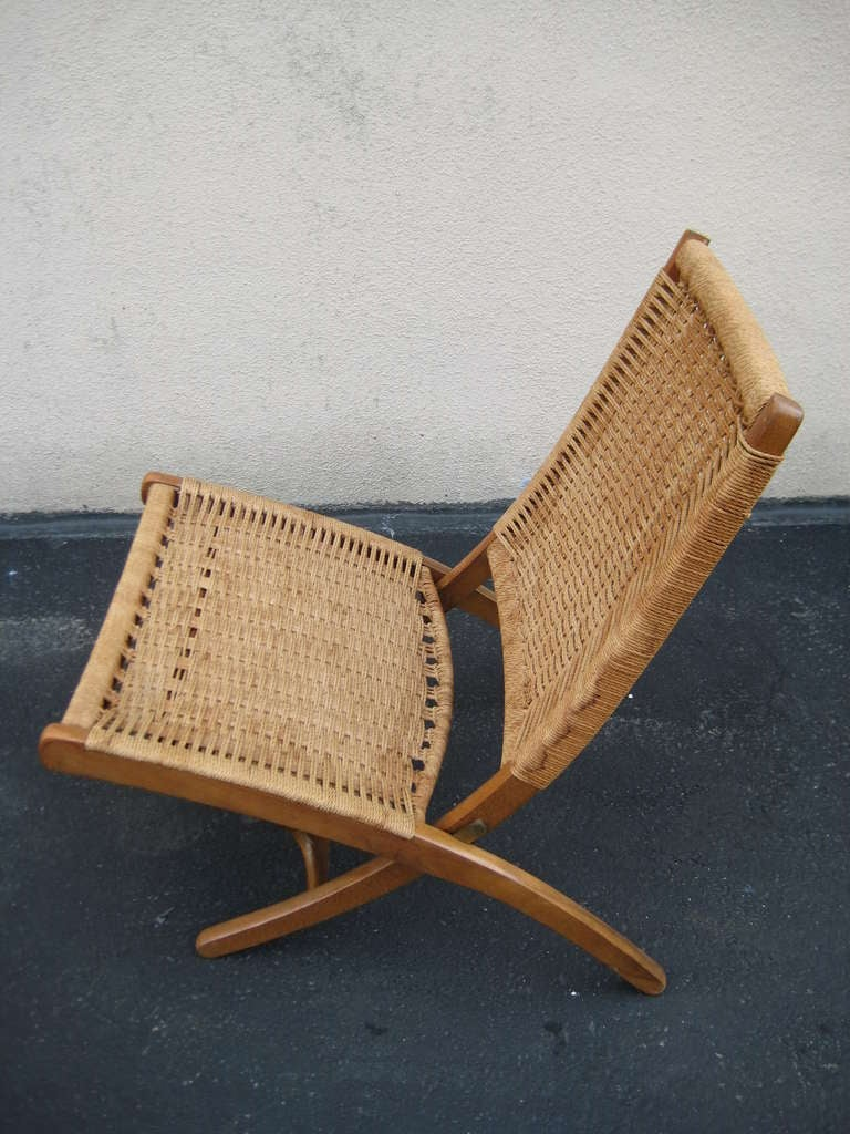 20th Century Woven Folding Chair in the Style of Hans Wegner