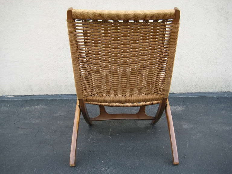 Woven Folding Chair in the Style of Hans Wegner 1