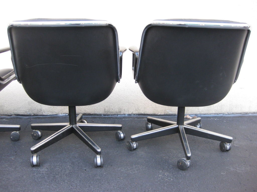 of 4 charles pollock for knoll black leather office chairs at 1stdibs