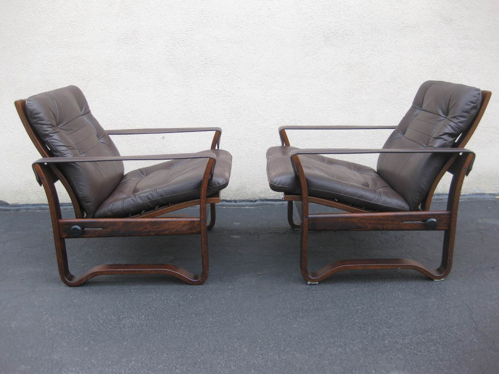 Danish Pair Of Mid Century Chocolate Leather Recliner Club Chairs For