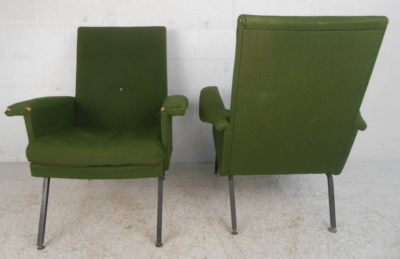Vintage Italian Modern Lounge Chairs In Fair Condition For Sale In Brooklyn, NY