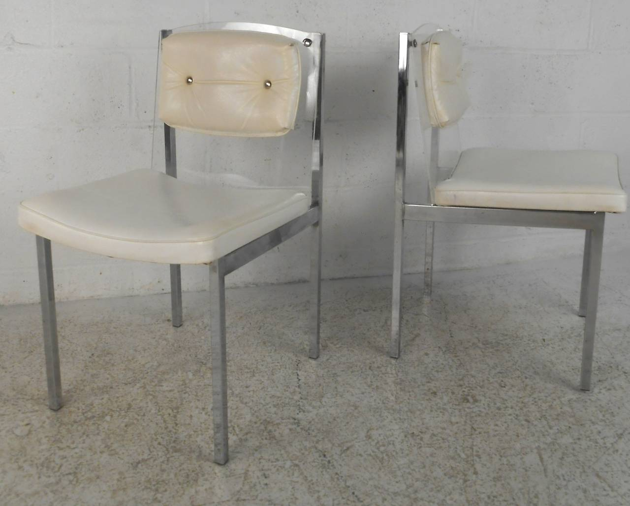 Mid-Century Modern Chrome, Glass, And Lucite Dining Set