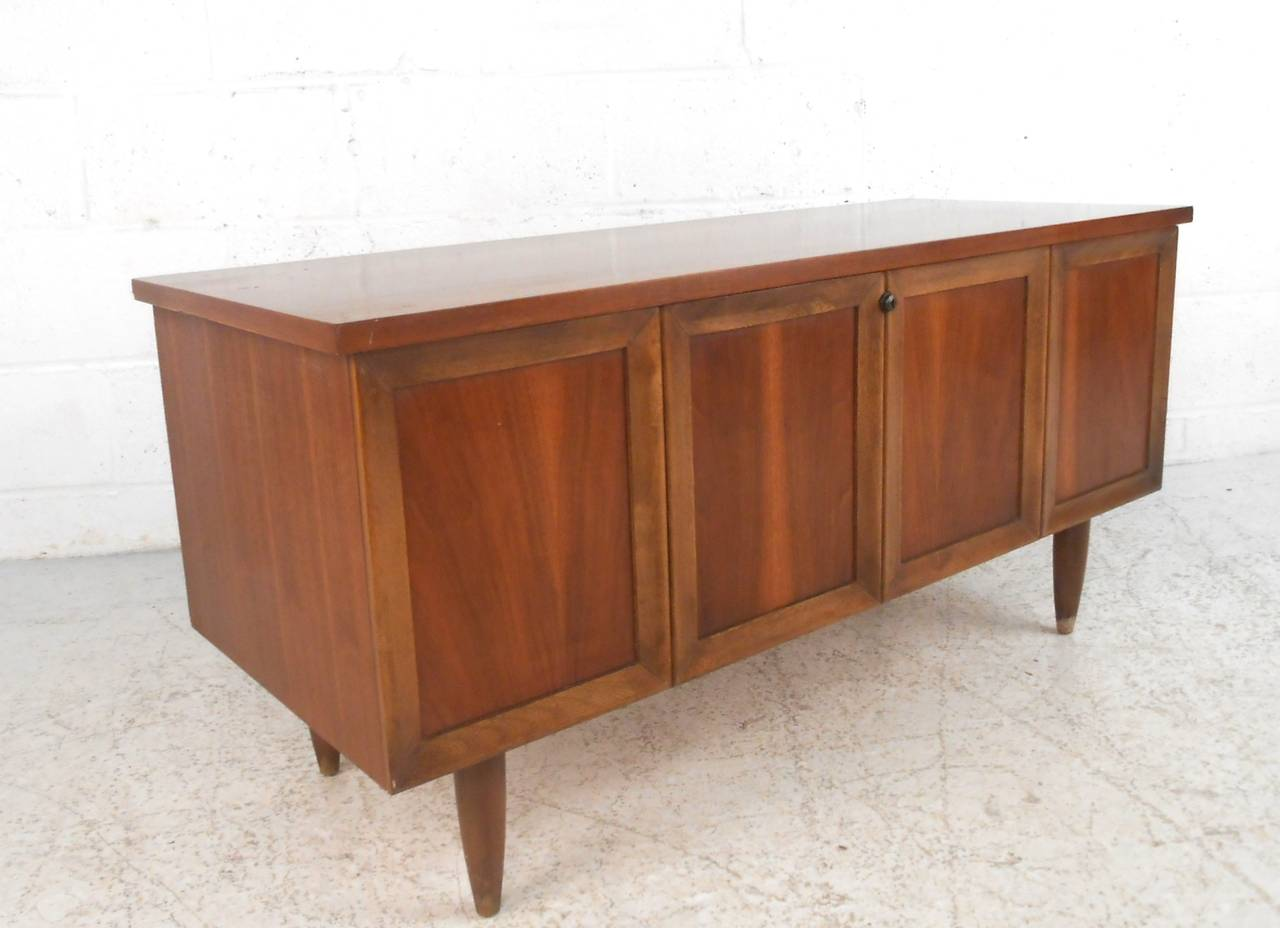 Marvelous Mid Century Modern Mid Century Lane Furniture Blanket Chest For Sale