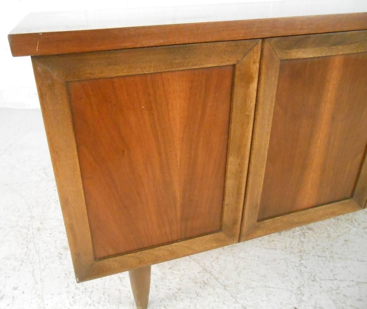 Wood Vintage Blanket Chest by Lane Furniture