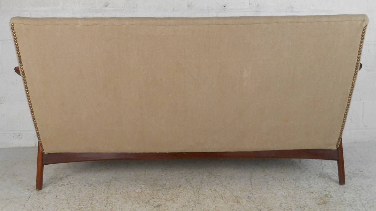Mid-20th Century Mid-Century Modern Peter Hvidt Style Sofa For Sale