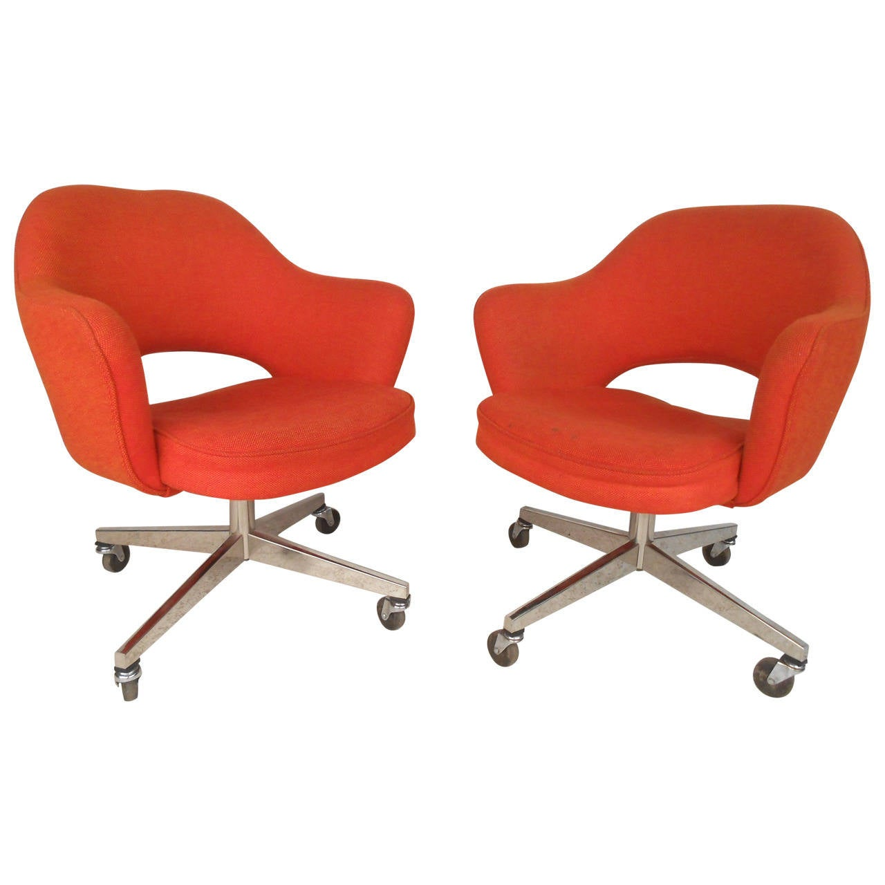 Eero Saarinen Designed Rolling Chairs For Knoll For Sale