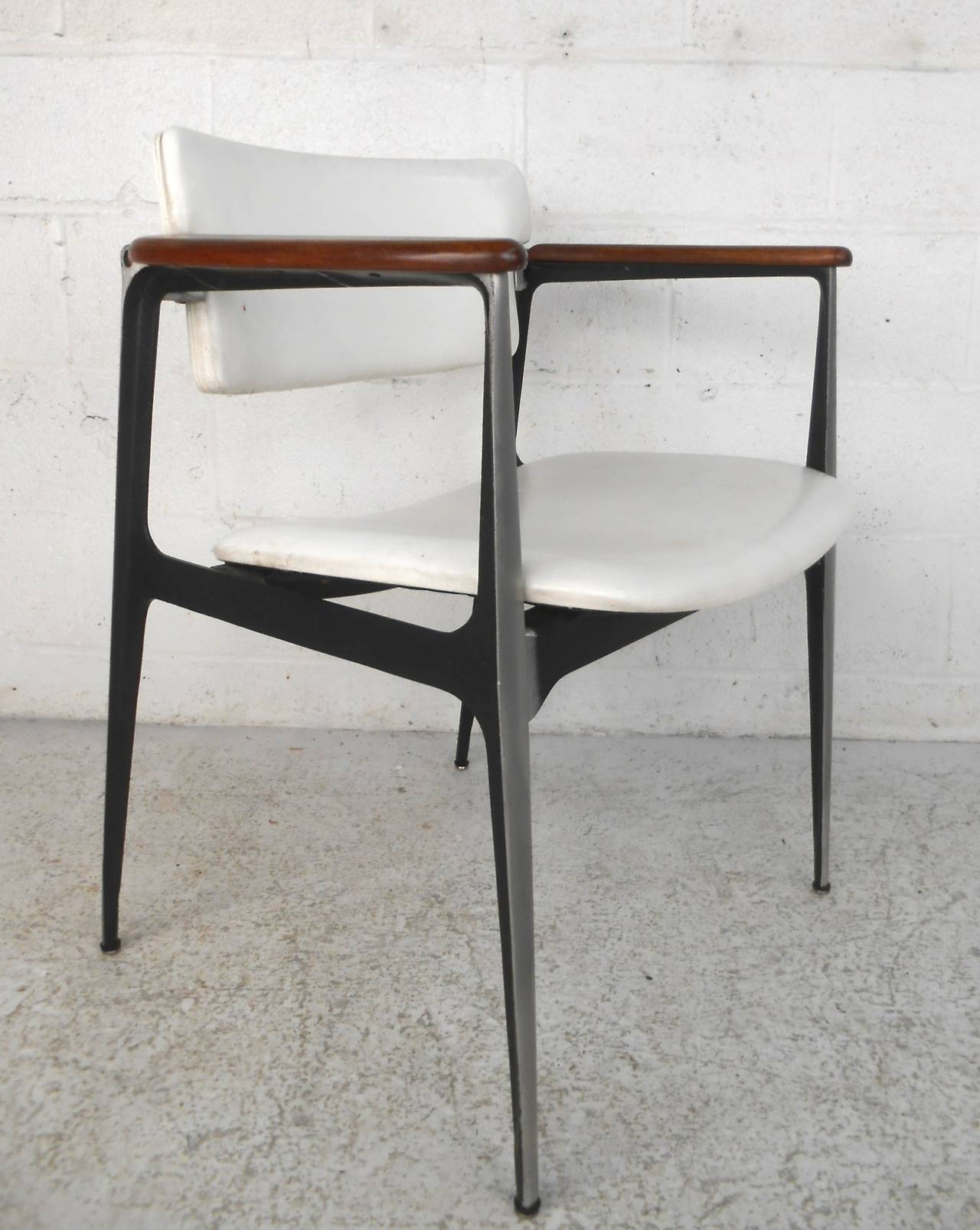 Exceptionnel Mid Century Modern Shelby Williams U0027Gazelleu0027 Chair By Crucible Products ...