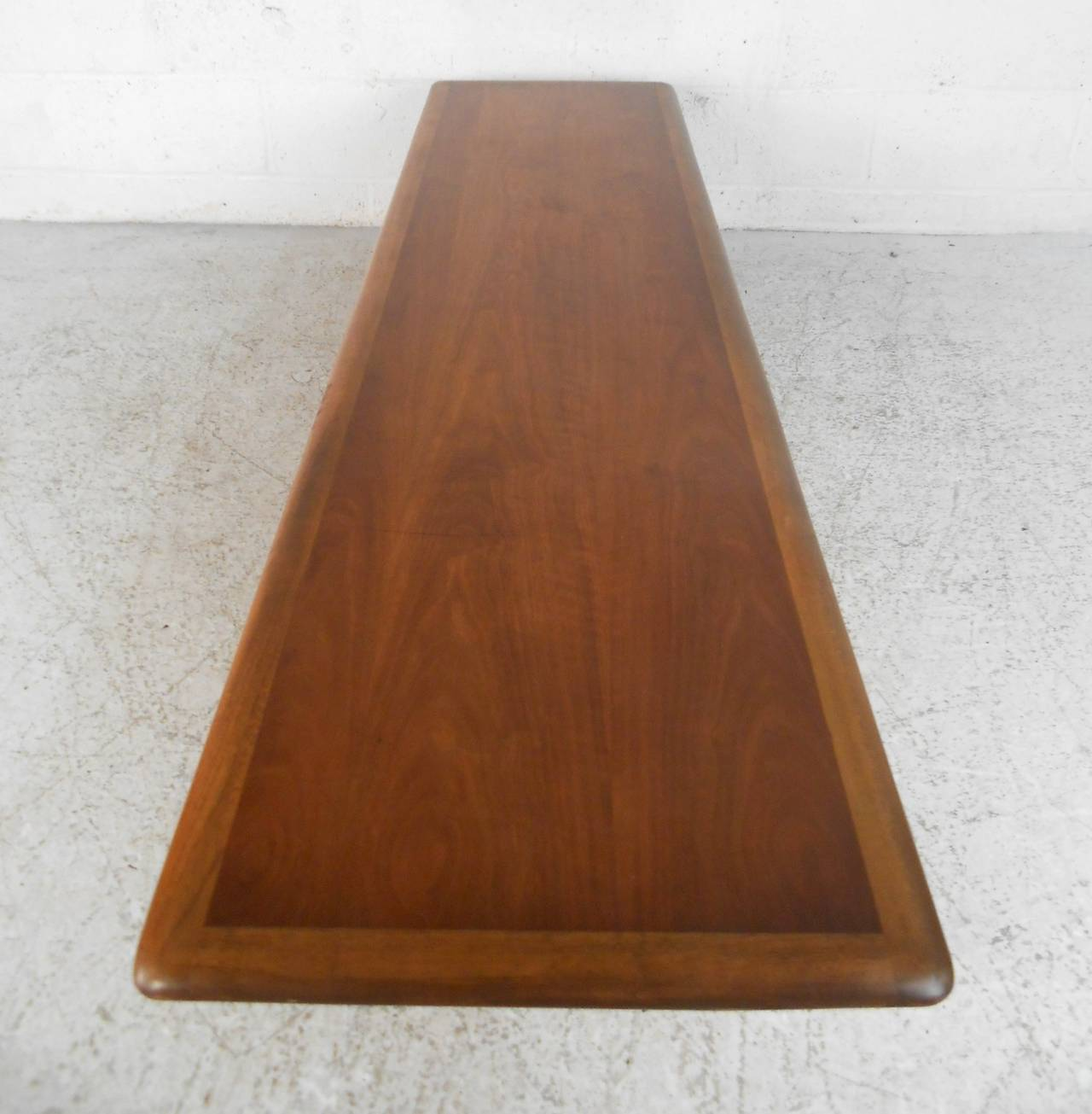 Mid-20th Century Mid-Century Modern Sculpted Base Warren Church Coffee Table by Lane Furniture For Sale