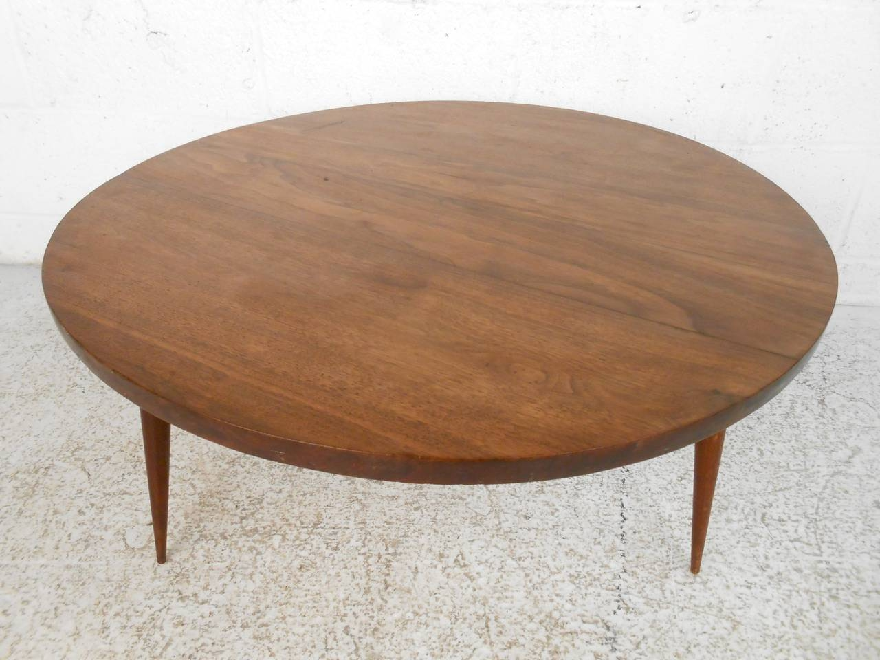 Mid Century Modern Small Round Coffee Table At 1stdibs
