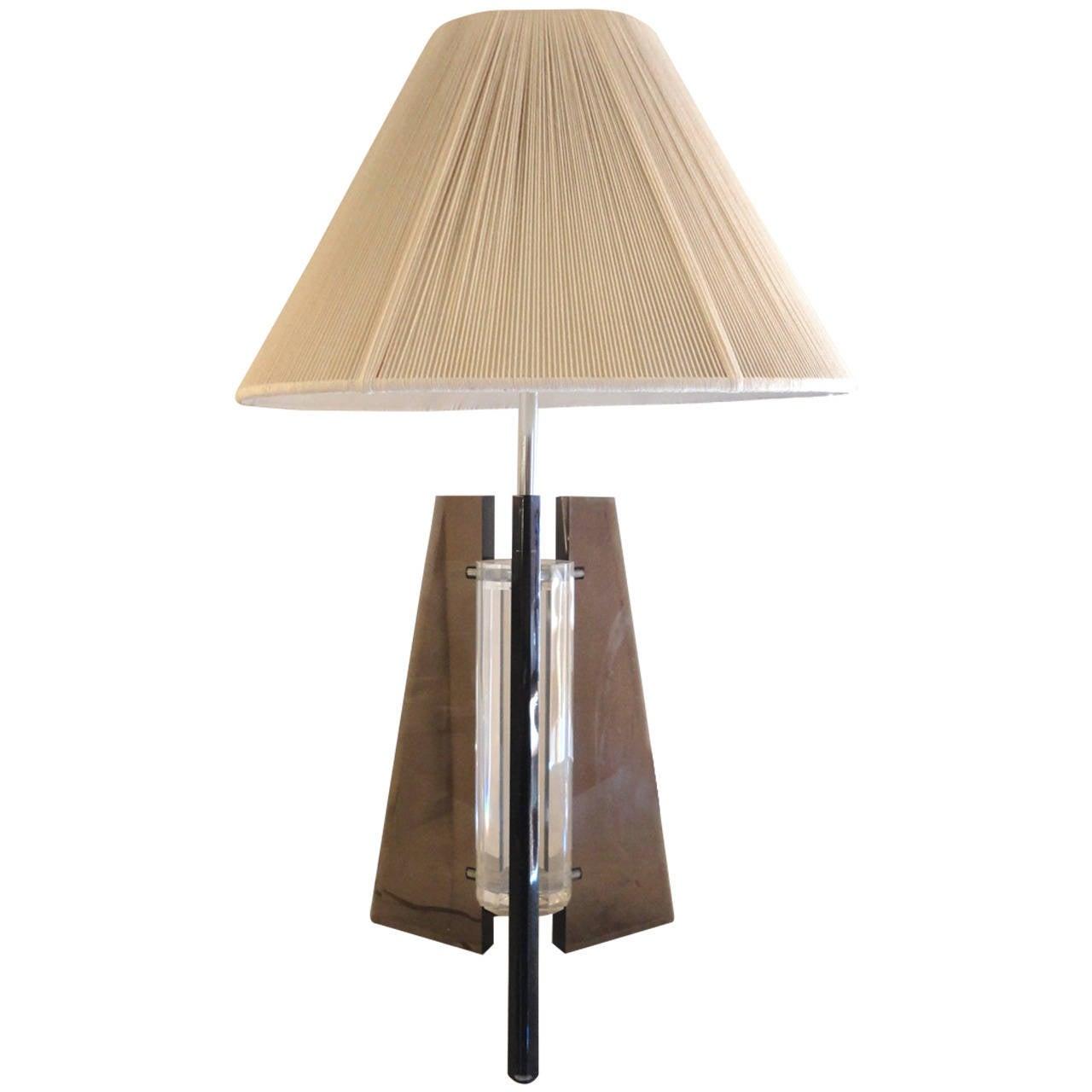 Striking Mid-Century Lucite Lamp