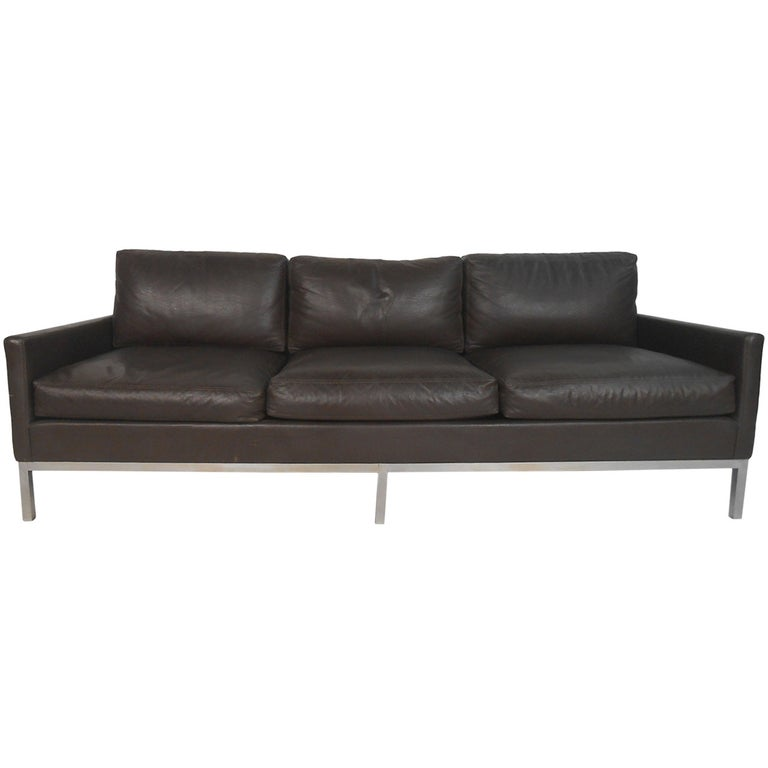 Vintage Leather Sofa after Florence Knoll For Sale