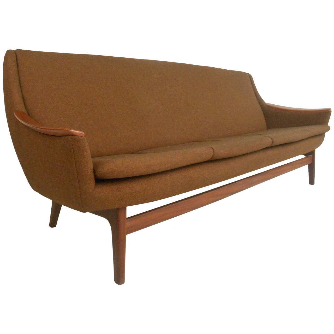 Long scandinavian modern sofa for sale at 1stdibs for Modern furniture sofa