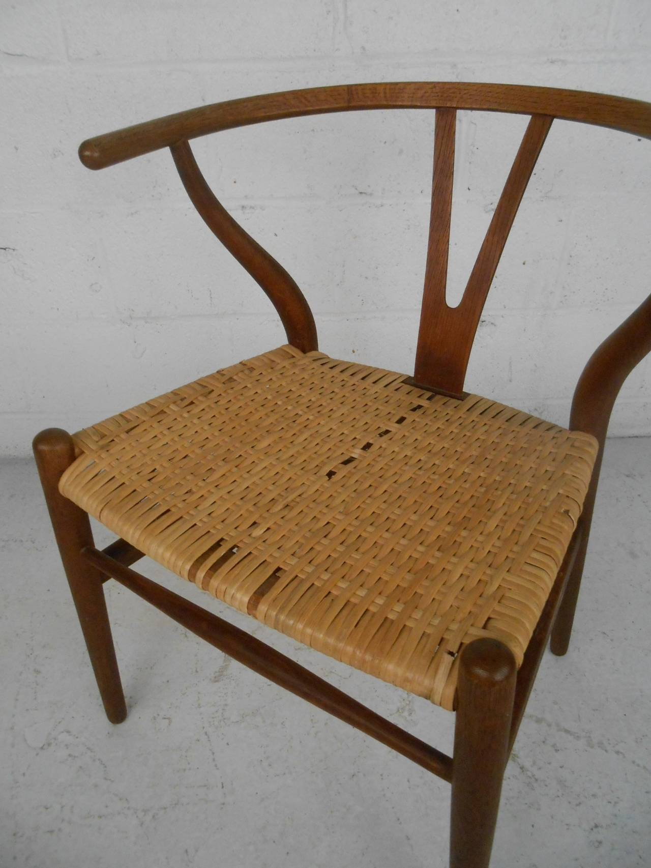 Hans Wegner Wishbone Chair For Sale at 1stdibs