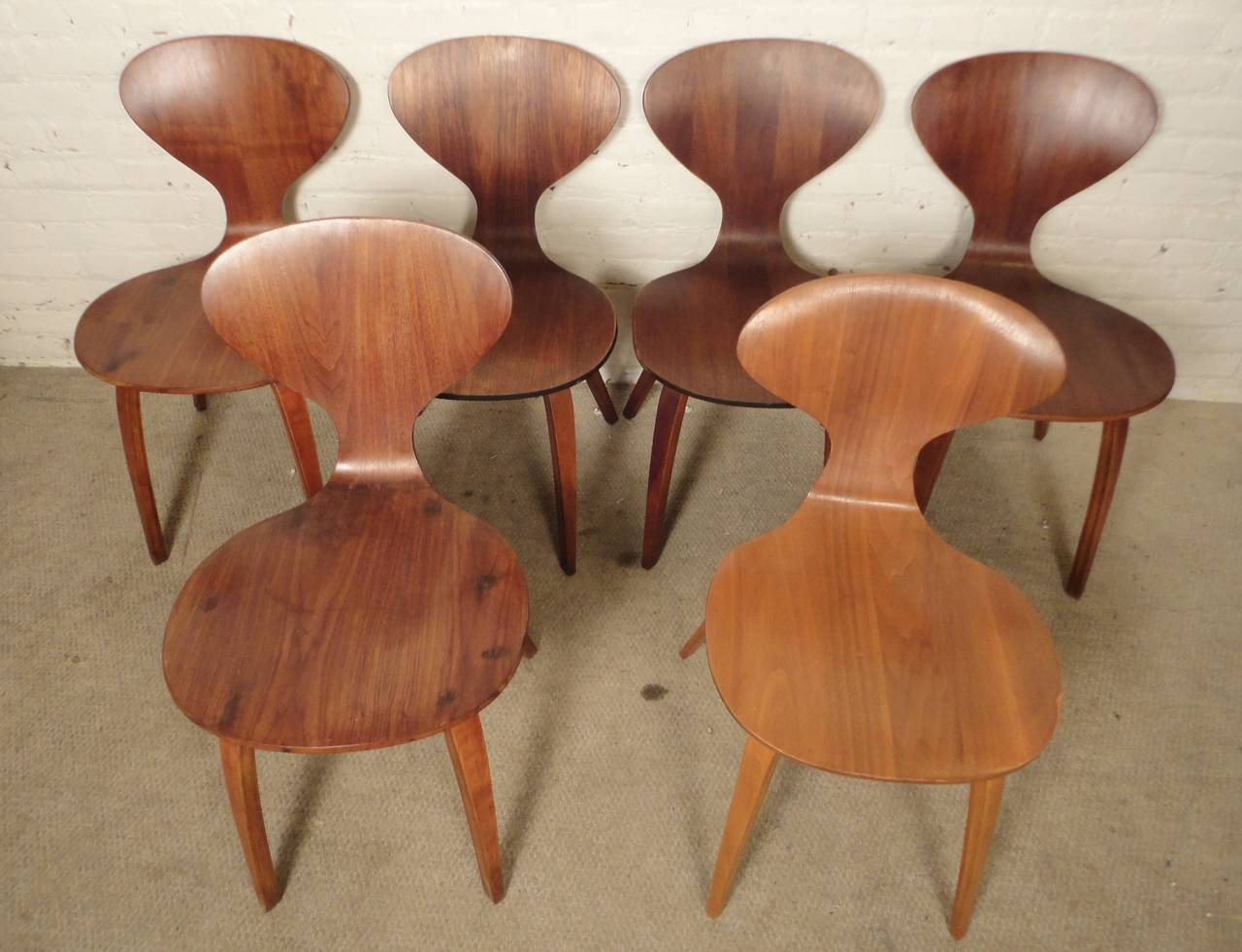 Mid-Century Modern Six Cherner Chairs For Plycraft For Sale