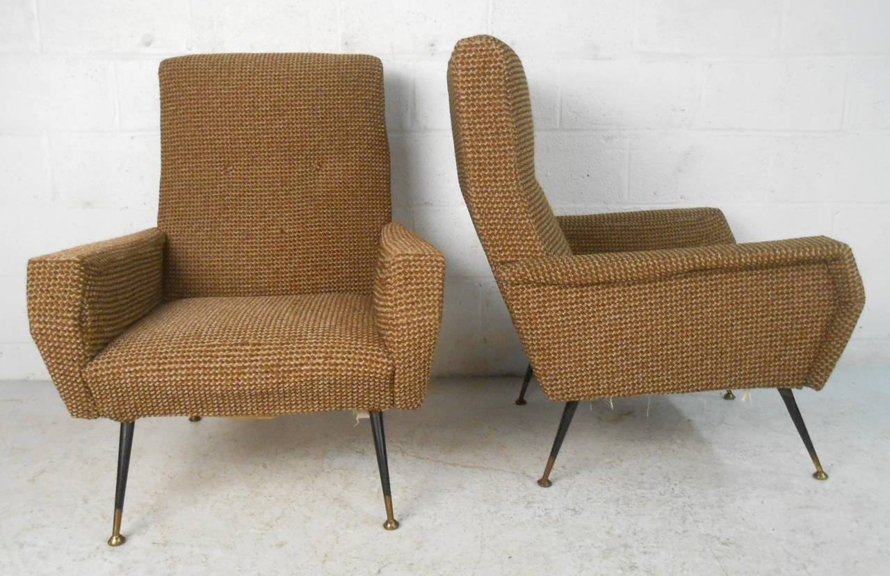 Mid-20th Century Pair of Mid-Century Modern Gio Ponti Style Armchairs For Sale