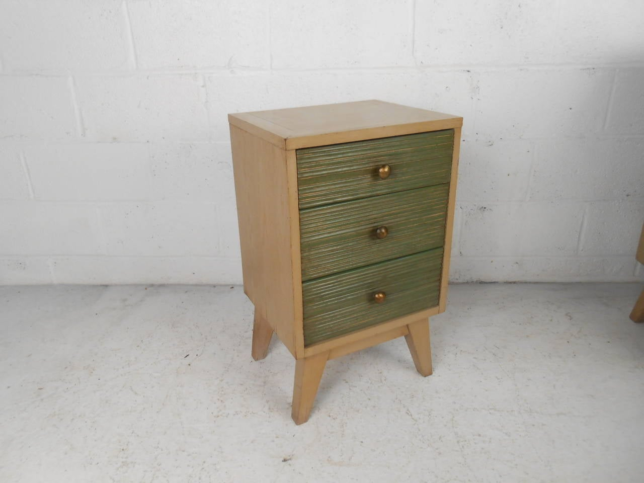 Matching Mid Century Dresser And Nightstand At 1stdibs