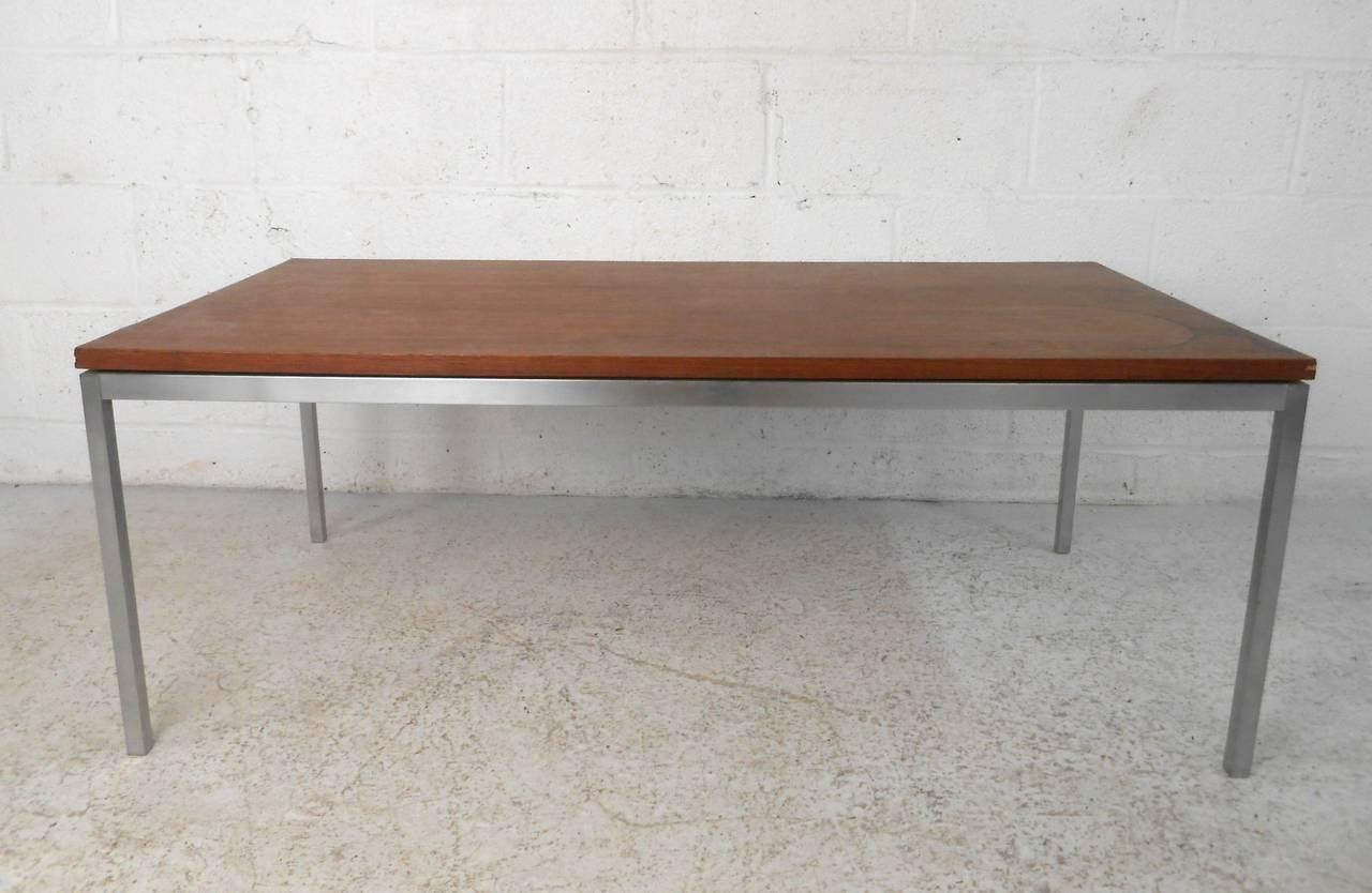 Mid Century Modern Knoll Associates Coffee Table At 1stdibs