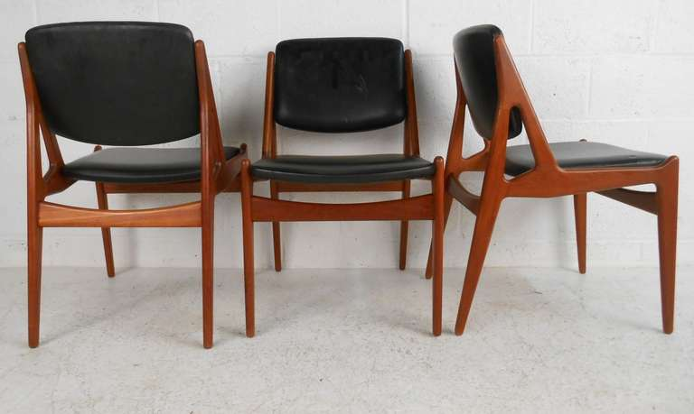 Set Of Six Tilt Back Arne Vodder Mid Century Modern Dining Chairs In Good  Condition