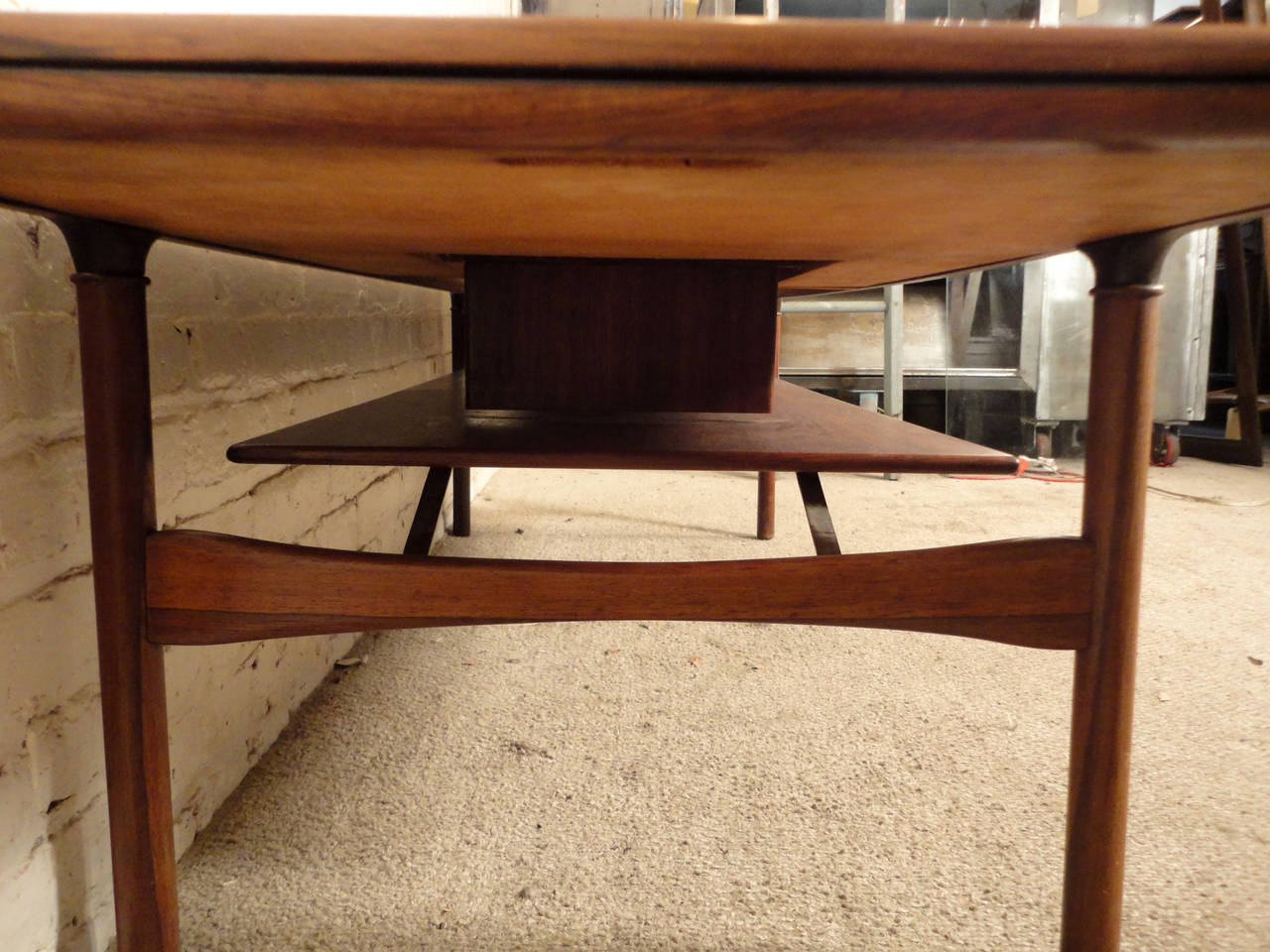 Rare Mid Century Extending Rosewood Coffee Table At 1stdibs