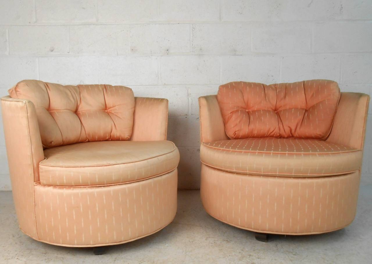 Merveilleux This Pair Of Unique Vintage Chairs Feature Convenient Swivel Action, Tufted  Removable Cushions, And