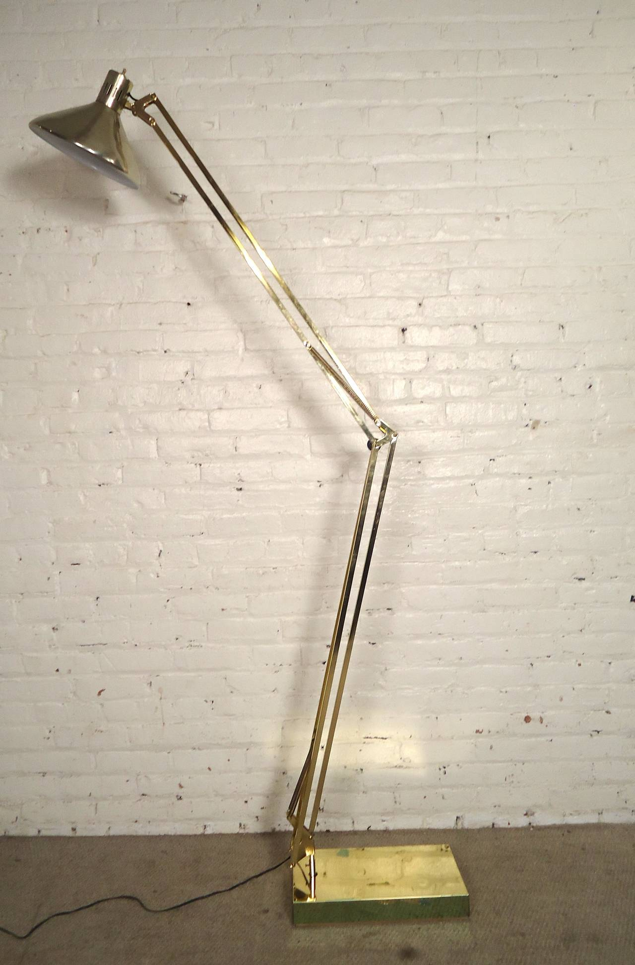 Unusual mid century brass floor lamp at 1stdibs for Floor lamp quirky