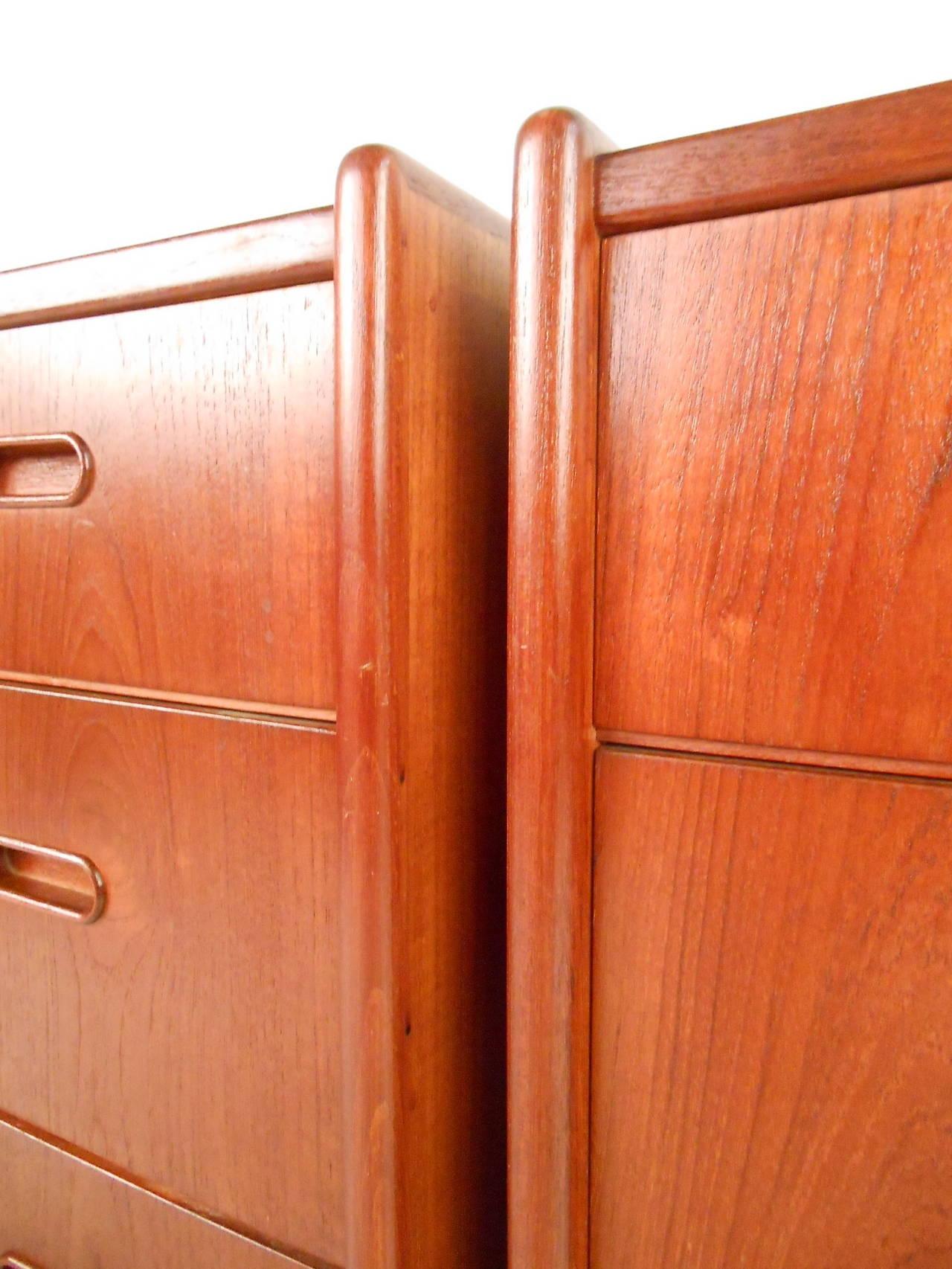 Pair of Mid-Century Modern Danish Teak Bedroom Dressers For Sale 1