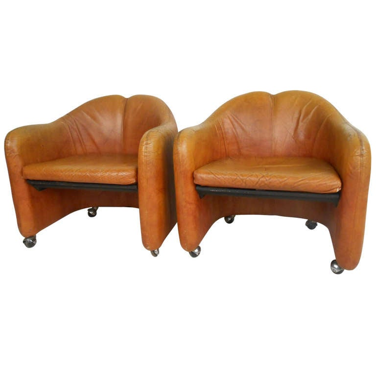 Pair of Vintage Italian Leather Club Chairs For Sale