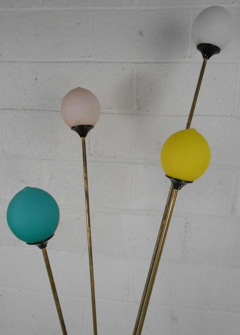 Playful Vintage Italian Modern Floor Lamp In Good Condition For Sale In Brooklyn, NY